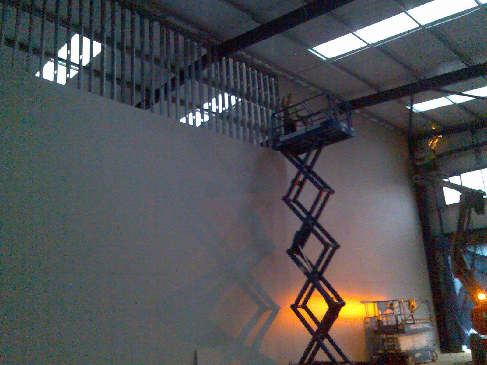 Jumbo 'I' stud wall at 10.2m high